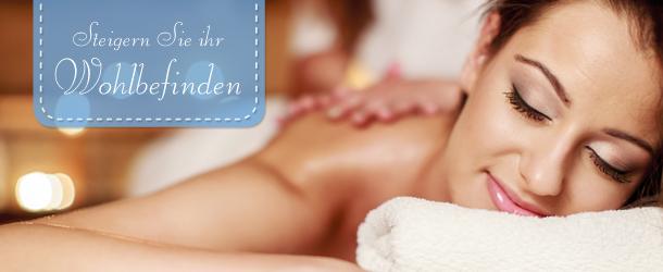 Frau entspannt und genießt eine Massage.