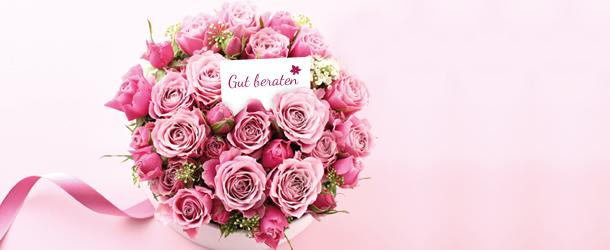 Rosa Rosen mit Grußkarte